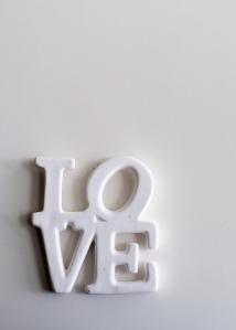LOVE, Robert Indiana
