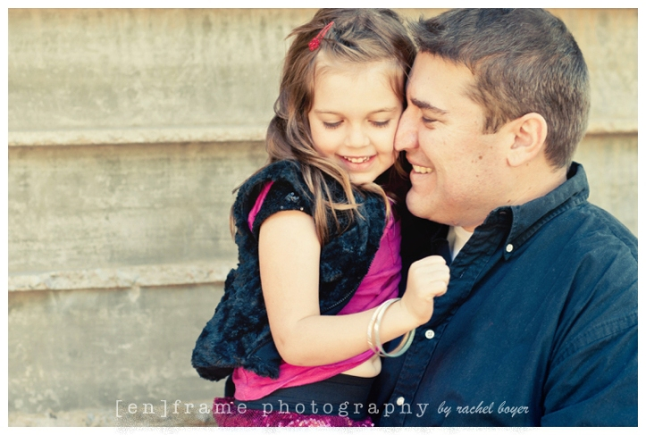 daddy an daughter; family portrait session