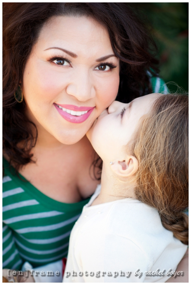 family photography, portrait of a mom and daughter
