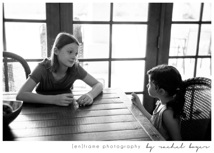 unscripted family photography, scottsdale natural light family photo session; cousins