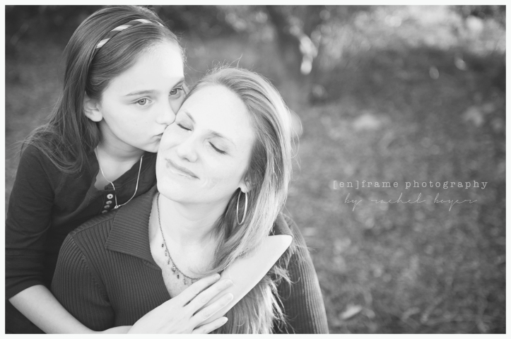 mother and daughter, family photography, black and white, scottsdale, phoenix arizona family photographer unscripted family photography