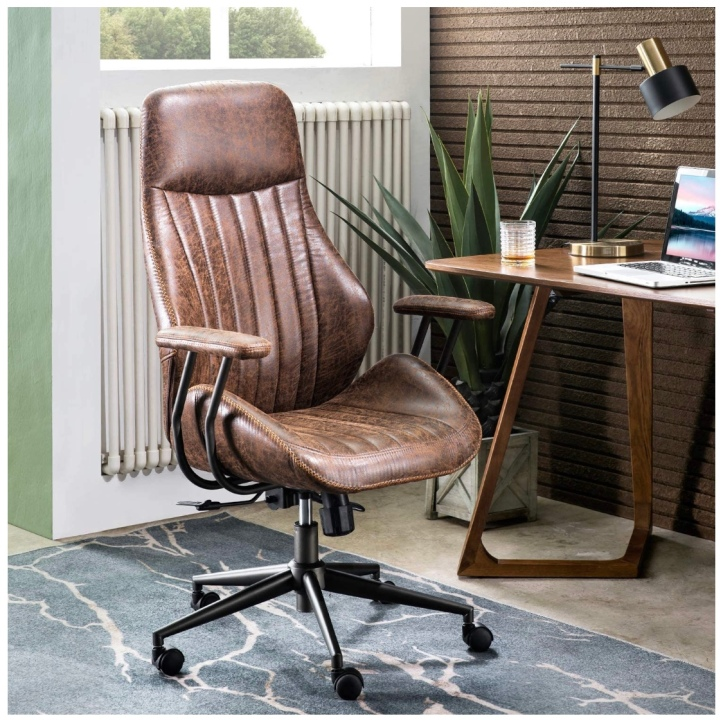 Masculine Office Decor for Your WFH Space